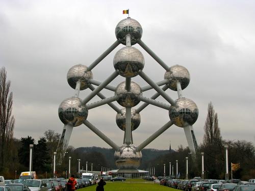 Atomium - widok z zewnątrz